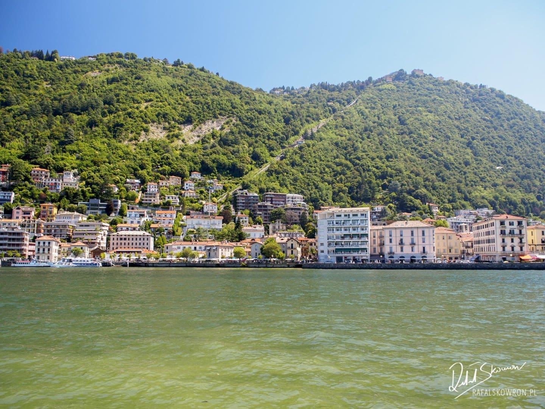 Widok na jezioro Como w mieście Como