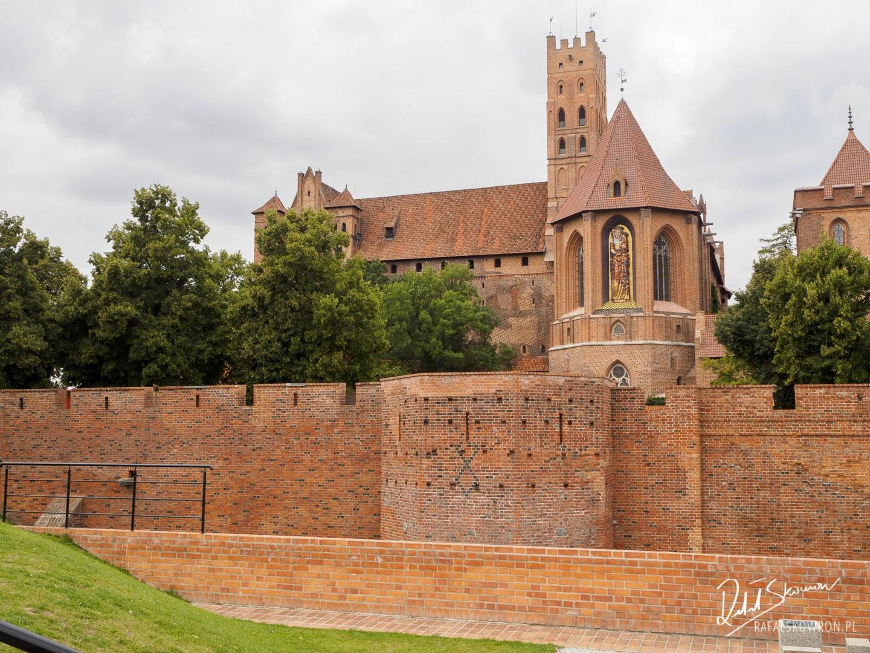 Zamek Malbork z zewnątrz