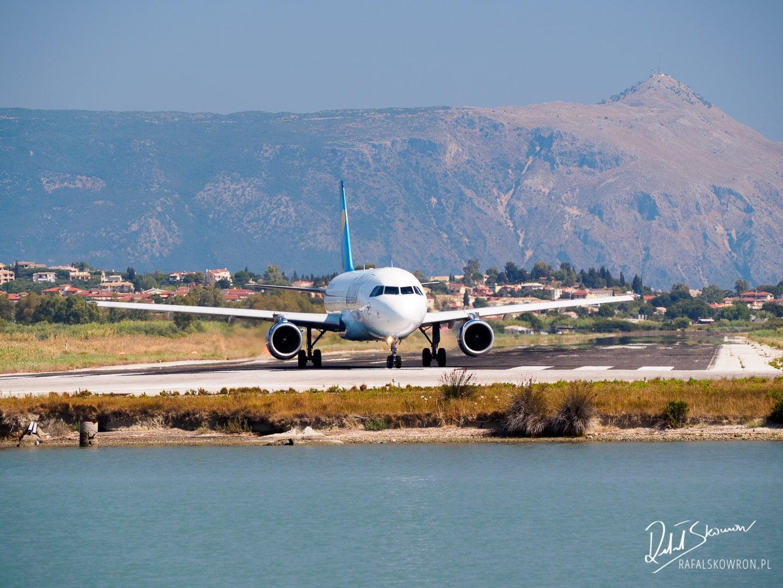Samolot przygotowujący się do startu