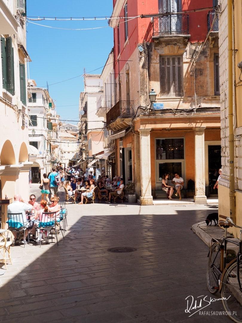 Korfu Town - uliczki starego miasta