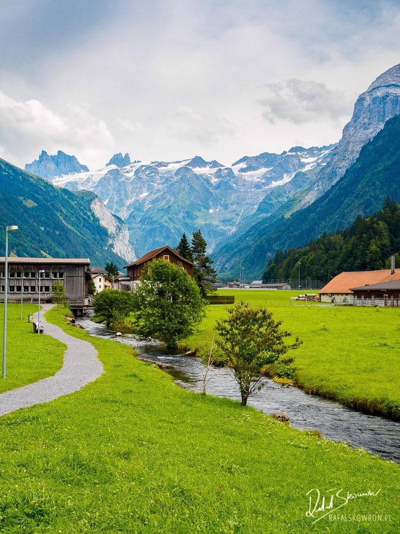 Engeblerg jedno z najpiękniejszych alpejskich miejsc w Szwajcarii