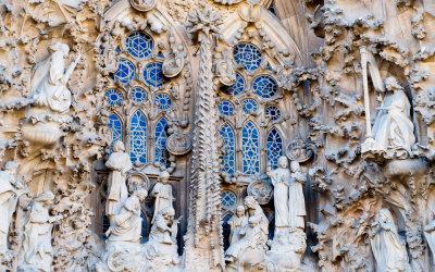 """""""To ma być ta słynna Sagrada?!"""" – czyli pierwszy rzut oka na Sagradę Familię"""